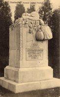 CHARLEVILLE. Denkmal Auf Dem Friedhof - Charleville