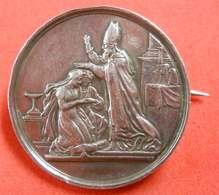 10 Juin 1863 Jeton De Mariage En Argent Monté En Broche Entre A Breton Unis à P.Bodin Poinçon  Diam 3 Cm 11 Gr - Argenterie