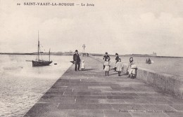 SAINT-VAAST LA HOUGUE - La Jetée - Saint Vaast La Hougue