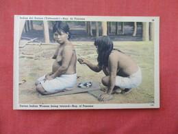 Topless Female  Darien Indian Woman Being Tatooed--   Panama    Ref 3205 - Panama