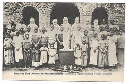 MALAWI - Mission Du Shiré Des Pères Montfortains - Soeurs De La Sagesse Au Milieu De Leurs Chrétiennes - Malawi