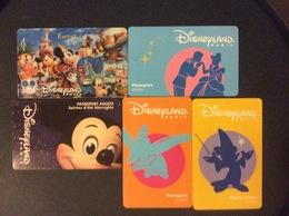 5 PASSEPORTS DISNEYLAND Paris  *Mickey *Dumbo Etc... - France