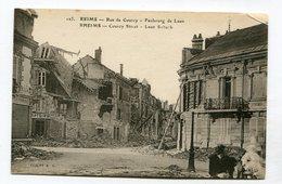 CPA  51 : REIMS  Rue De Courcy Avec Comptoirs Français    VOIR   DESCRIPTIF  §§§ - Reims