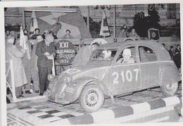 CARTE POSTALE VOITURE CITROEN 2CV RALLYE MILLE MIGLIA DE 1954 -  10X15 CM - Voitures De Tourisme