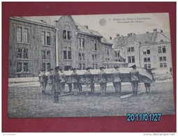 MILITARIA - ARMEE BELGE - Soldats Du Génie -  Transport Du Bateau  - - Manoeuvres