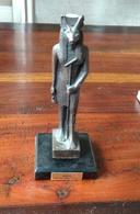 Sculpture En Bronze Anubis Michel Ange , Hauteur Environ:15 Cm Sur 7 Cm Avec Socle,cadeau Original De Valeur - Bronzes