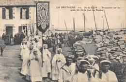 A-19-2751 : ILE DE SEIN. PROCESSION UN JOUR DE PARDON - Ile De Sein