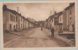 CPA:  VANDOEUVRE-les-NANCY  (Dpt.54):    Rue Gambetta Et Son Lavoire.    (E1524) - Vandoeuvre Les Nancy