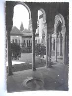 """CPSM """"Granada -Alhambra - Patio De Los Leones"""" - Granada"""