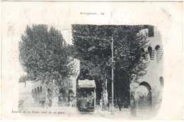 CPA VAUCLUSE.AVIGNON.ENTREE DE LA VILLE AVEC TRAMWAY - Avignon