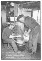 En Aubrac - Au Buron, Fabrication De L'aligot. Les Pommes De Terre Sont Passées Au Presse-purée - France