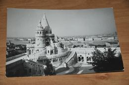 8111-   BUDAPEST, FISHER'S BASTION - Hongrie