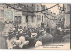 CPA 91 Dourdan Le Festival 1er Juillet Rue St Pierre - Dourdan