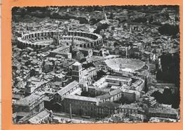 CPSM  Grand Format - Arles -(B.-du-Rh.) - Vue Aérienne - L'église Et Le Cloître Saint Trophime,le Théâtre Antique Et Les - Arles