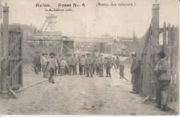 62.AVI1 - AVION , Fosse N°4 , Sortie Des Mineurs - Avion