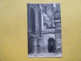 ARRAS. La Rue Des Murs Saint Waast. La Cathédrale. - Arras