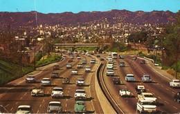 Etats Unis. CPSM. LOS ANGELES. Hollywood Freeway, Super Highway, Olds Cars. 1960.  Scan Du Verso - Los Angeles