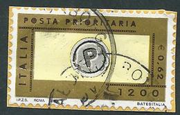 Italia 2000; Posta Prioritaria Lire 1200 = € 0,62 , I.P.Z.S. A Sinistra; Su Spezzone. - 1991-00: Usati