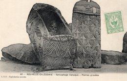 S1181 Cpa  Nouvelle Calédonie - Sarcophage Canaque, Pierres Gravées - Nouvelle Calédonie