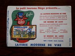 L18/69 Buvard. Beurre De Luxe. Laiterie Moderne De Vire - Leche