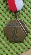 Medaille / Medal - Medaille - Wandeltocht 28-3-1987 ( E.W.B. ) Enschede - The Netherlands - Nederland