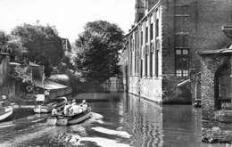 Brugge Zijgevel Oud Sint Jan Hospitaal  En E Reitjes. Rondvaart Op De Bootjes    X 5889 - Brugge