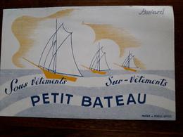 L18/79 Buvard. Petit Bateau - Textile & Clothing