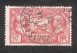 Perforé/perfin/lochung France No 244 BP  Banque De Paris Et Des Pays Bas (143) - France