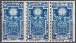 ITALIA - 1933 - Lotto Di 3 Valori Nuovi MNH Yvert 328 Uniti Fra Loro. - 1900-44 Victor Emmanuel III.