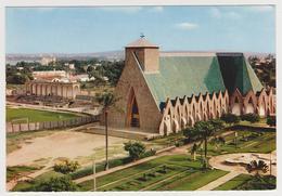 1467/ BRAZZAVILLE, Cathédrale Ste-Anne Du Congo.- Non écrite. Unused. No Escrita. Non Scritta. Ungelaufen. - Brazzaville