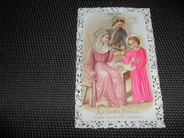 Devotieprentje ( G 809 ) Image Pieuse  Immaginette Sacre Image à Dentelles  Met Kant Gaufrée Reliëf - Sainte Famille - Imágenes Religiosas