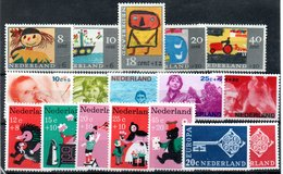 Pays Bas / Lot De Timbres / Etats Divers - Collections