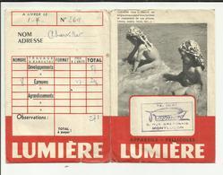 """03 . MONTLUCON . POCHETTE DEVELOPPEMENT PHOTO LUMIERE  .STUDIO   """" RAYMOND  """"   RUE BRETONNIE - Matériel & Accessoires"""