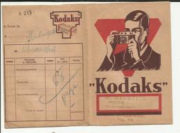 """63 . SAINT ELOY LES MINES  . POCHETTE DE DEVELOPPEMENT  PHOTO KODAK . STUDIO """"  A. HEURTEUX  """" RUE JEAN JAURES - Materiale & Accessori"""