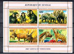 Senegal - 1980. Scimpanzè, Elefanti, Kudu, Iene. Chimpanzè, Elephant, Eland, Hyene. MNH - Chimpanzés