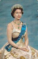 QUEEN ELIZABETH  /  Regina Del Regno Unito Di Gran Bretagna E Irlanda Del Nord E Degli Altri Reami Del Commonwealth - Personaggi