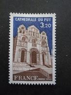 France N°2084 CATHEDRALE Du Puy Oblitéré - Kerken En Kathedralen