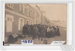 6871 AK/PC/CARTE PHOTO /1950/GROUPEMENT DE PERSONNES A IDENTIFIER - Cartoline