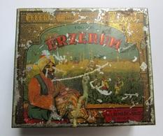 """Old  """" ERZERUM  """"tobacco Tin Box Manufacture """" ŠEREŠEVSKIJ'' In Riga  1920 / 30s - Contenitori Di Tabacco (vuoti)"""