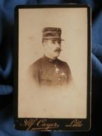 CDV Photo Alf. Cayez à Lille - Militaire Lieutenant Du 27e D'artillerie, Vareuse à Poche CIRCA 1895 L432 - Foto's