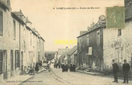 44 Ligné, Route De Mouzeil, Belle Animation, Affranchie 1917 - Ligné