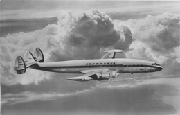 LUFTHANSA - SUPER-G-CONSTELLATION ~ AN OLD AIRLINE POSTCARD #87455 - Airplanes