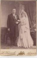 UKRAINE.  #1030 A PHOTO. OFFICE. WEDDING. BRIDE AND GROOM. WREATH.  *** - Proyectores De Cine
