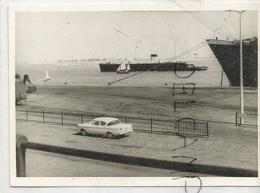 Opel Kapitan 4 Sedan. 2,5 Litres. 1959. 3 Vitesses. Le Long Du Port D'Anvers(?). - Automobiles
