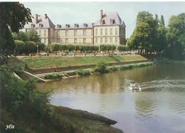 Cpsm - Torigny Sur Vire  - L 'étang Et Le Château        Ah843 - Frankreich