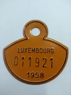 Luxembourg , Plaque Immatriculation Vélo 1958 - Plaques D'immatriculation