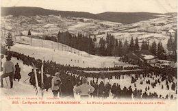 Le Sport D'Hiver à GERARDMER - La Foule Pendant Le Concours De Sauts à Skis - Gerardmer