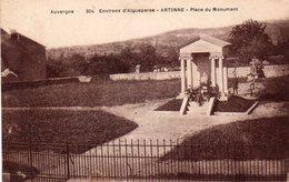 Artonne - Environs D ' Aigueperse - Place Du Monument - France