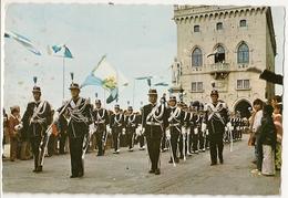 S7522 - Républica Di San Marino -Place De La Liberté - Les Milices - Saint-Marin