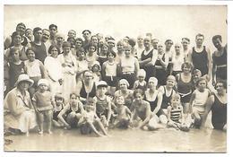 PORNIC - Groupe De Personnes - Juillet 1930 - CARTE PHOTO Format 135 X 88 Mm - Pornic